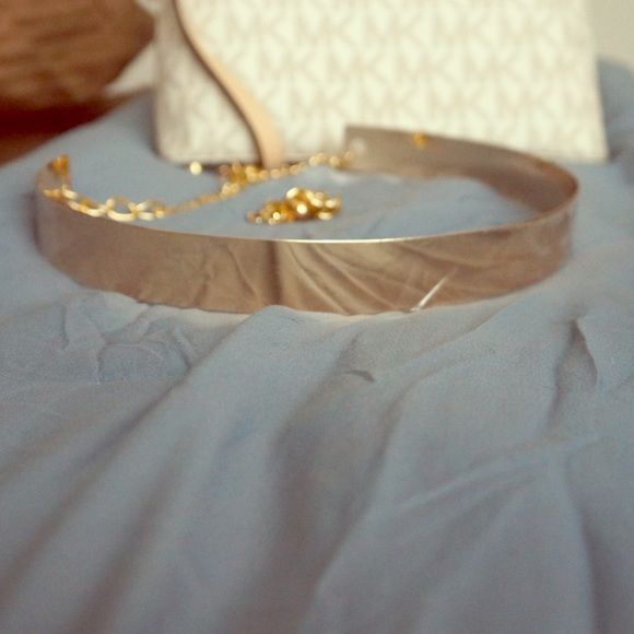 Gold metal belt New gold metal belt with extra chain for perfect adjustment Other
