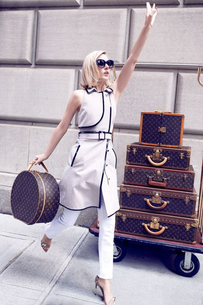 Fashion editorial; Louis Vuitton;                                                                                                                                                                                 Mais