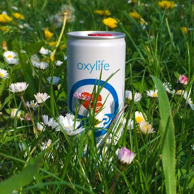 Oxygen water Oxylife Water for your body and mind . Voda je nejdůležitějším prvkem potravy a kyslík je elixírem života. H2O + O2 – nejlepší kombinace pro lidský organizmus.