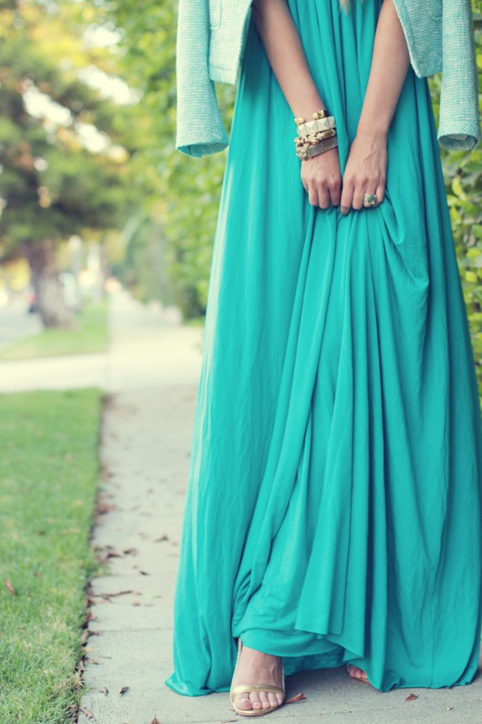 Love the color of this long skirt