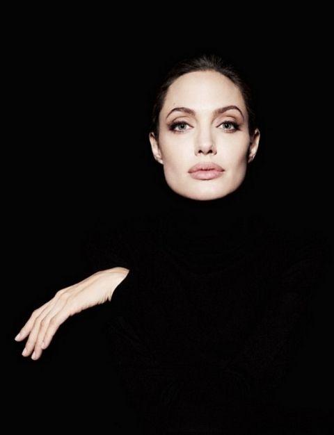 Анджелина Джоли в Newsweek Magazine (5 фото) | ONLINE.UA