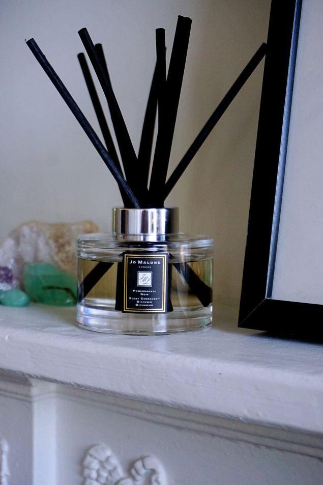 pomegranate noir diffuser #jomalone #pomegranatenoir #home #decor #inspo #diffuser #reed
