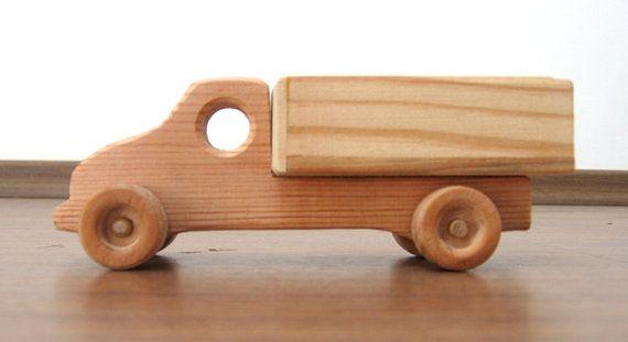Camión de juguete de madera mini  natural acabado ecológico