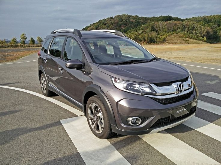 @honda's #brv is the affordable crossover. This will be competing with the Renault Duster. Read our expert review
