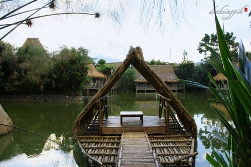Floating restaurant @ Bandung, West Java, Indonesia