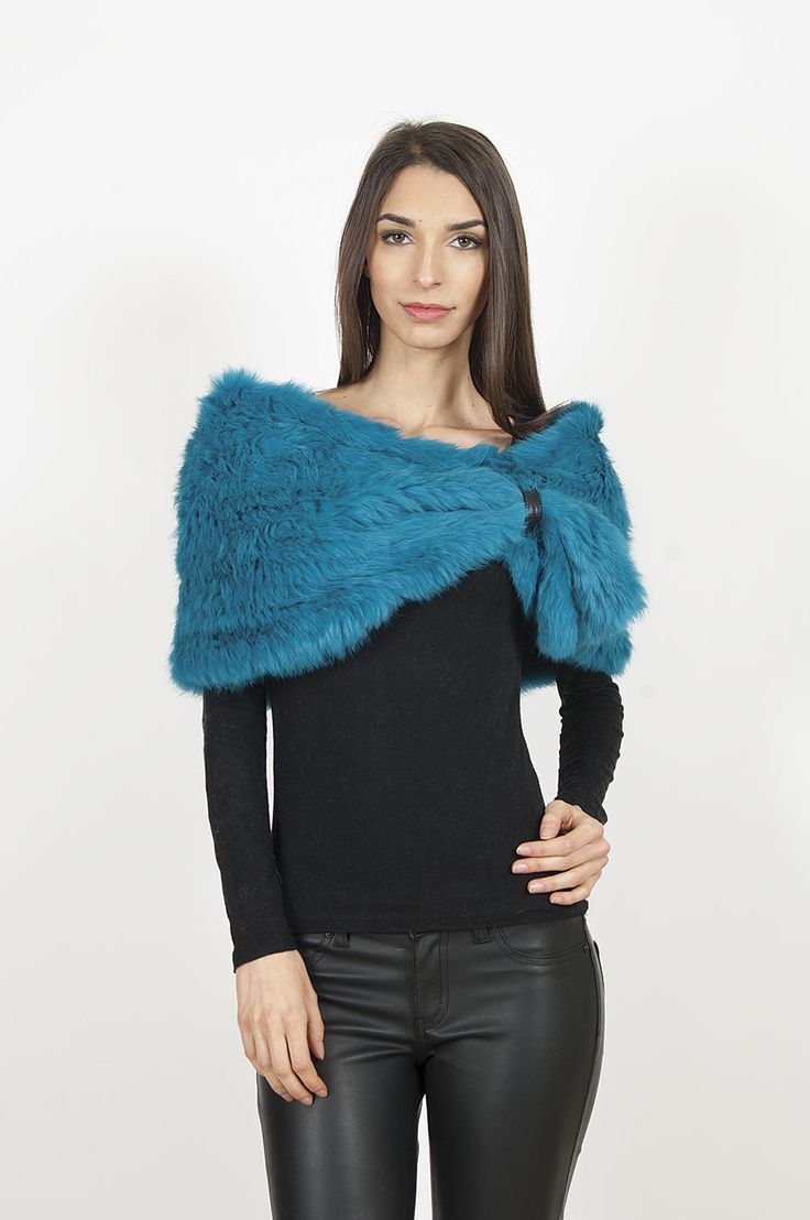 www.dellera.com knitted rabbit little shoulder cape
