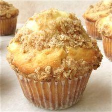 High-Fiber Fruit and Yogurt Muffins made with King Arthur Flour & Stonyfield yogurt! #WakeUpWithStonyfield