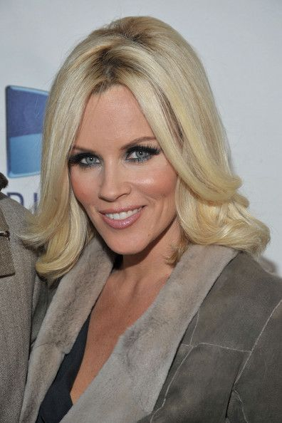 The 25 best jenny mccarthy ideas on pinterest jenny mccarthy jenny mccarthy mid length bob pmusecretfo Images