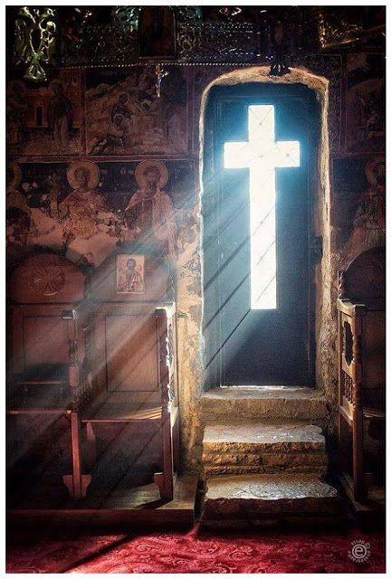 Προσκυνητής: Απαλλαγή κανένας Άγιος δεν εζήτησε από τον Θεό. Υπ...