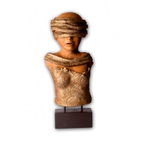 Bust With Seven Strips Head.   Shop Now: www.vendas-europe.com