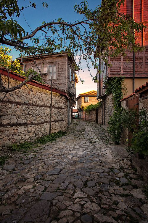 Nesebar, Bulgaria – Amazing Pictures - Amazing Travel Pictures with Maps for All Around the World