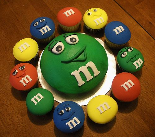 M & M cupcakes and cake. Adorable