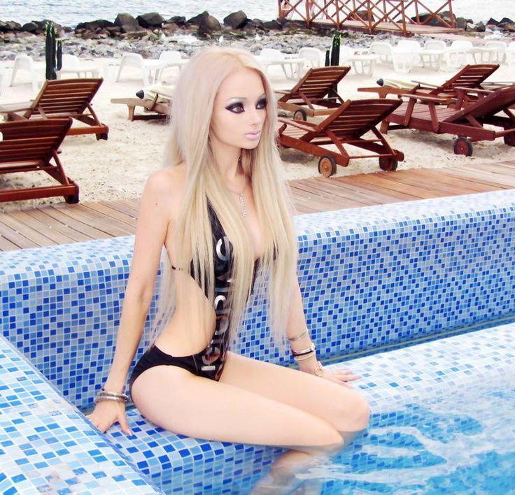 "Human ""Barbie Doll"" Valeria Lukyanova Wants to Live Off of Light & Air"