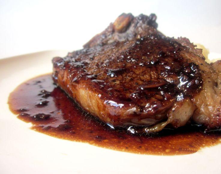 Bife de alcatra grelhado ao molho de cachaça @ http://allrecipes.com.br
