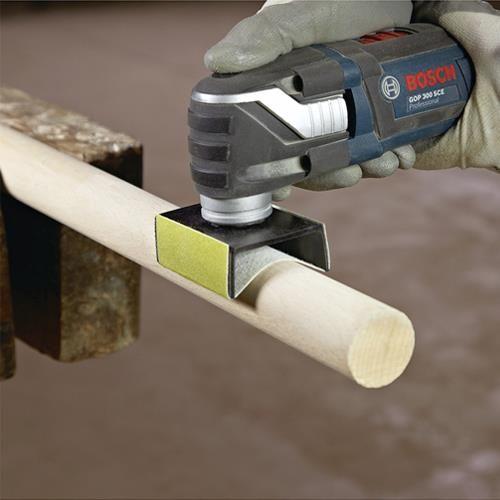 Bosch Starlock AUZ 70 G 60mm x 70mm Profile Sander with 4x Sanding Sheets