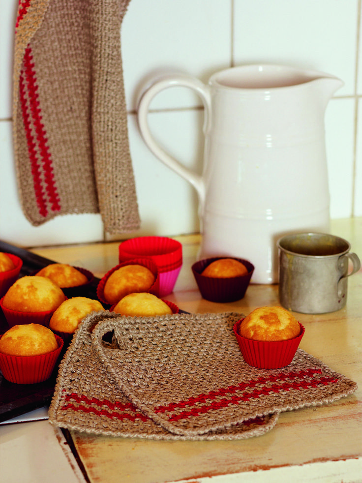 Linen Potholder from Crochet for the Kitchen by Tove Fevang. Over 50 Patterns for Placemats, Potholders, Hand Towels, and Dishcloths Using Crochet and Tunisian Crochet Techniques.