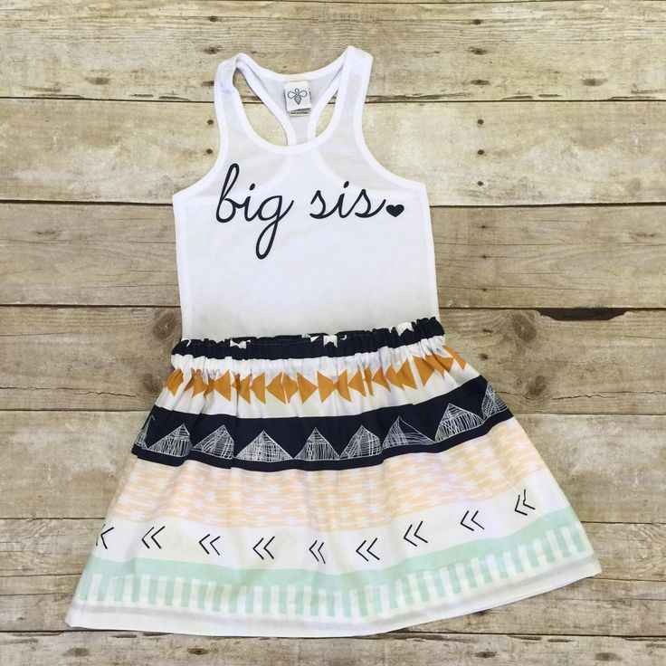 Girls big sis outfit, big sister shirt, little sister shirt, sibling shirts, pregnancy announcement shirt, baby announcement shirt by WillowBeeApparel on Etsy https://www.etsy.com/listing/236826900/girls-big-sis-outfit-big-sister-shirt