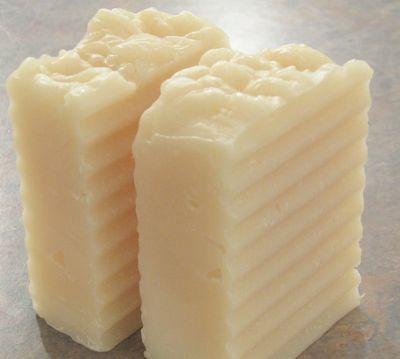Head-to-Toe Shampoo Bar  (links to a recipe with an olive oil base!)