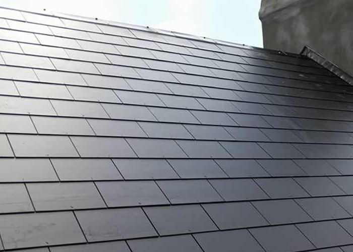 Are You Searching For Roofing Contractors In Newyork Get The Best Roofing Work From Gr Construction Usa View The De Roofing Roof Repair Roofing Contractors