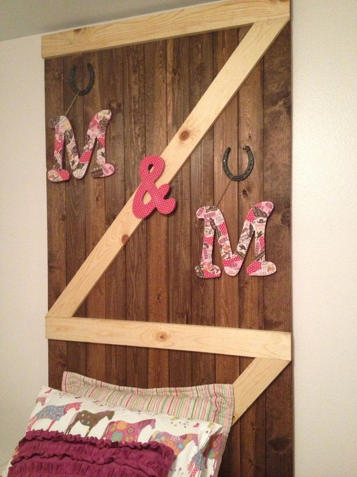 Equestrian Headboard | Barn door headboard for horse lovers room | Girls' Rooms