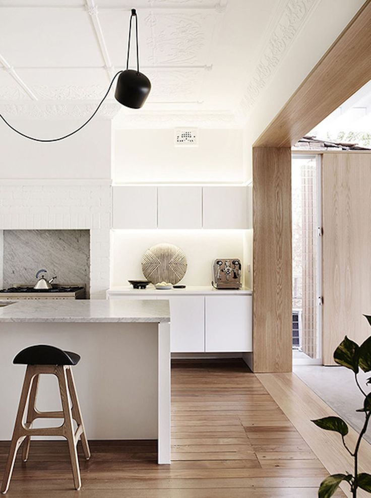 est living | Madeleine Blanchfield Architects | Coogee House Exit to outside