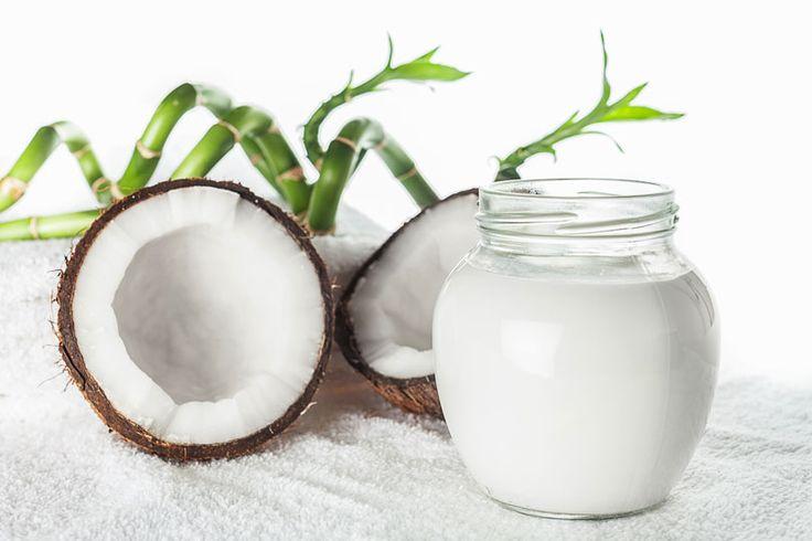 Selbstgemachte Haarkuren zur natürlichen Haarpflege - Rezept: Kokosöl Haarkur für normales Haar ...