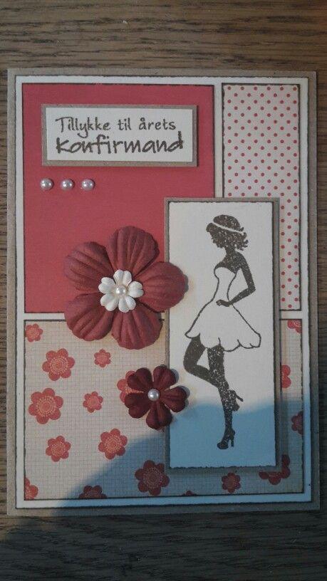Konfirmationskort. Pige. Røde nuancer. Blomster.