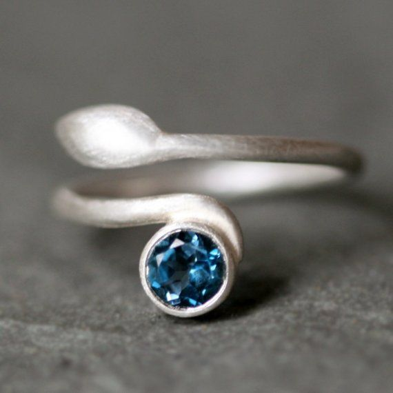 blue: Cool Rings, Leaf Rings, London Blue Topaz, Topaz Leaf, Michelle Changing, Michele Changing, Sterling Silver, Jewelry, Leaves