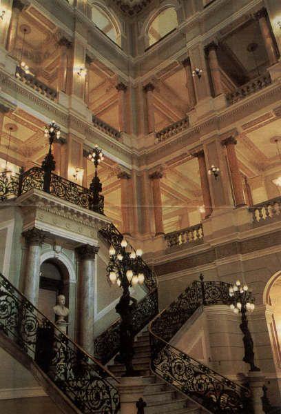 #Biblioteca Nacional