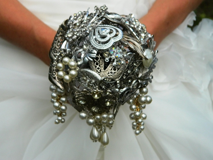 ooohhh....aaaaahh (With images) Vintage bridal bouquet