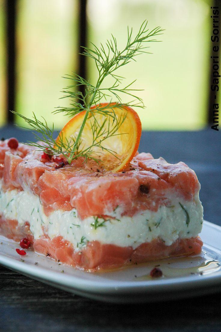ANNA-SAPORI E SORRISI: Salmone marinato al arancia e pepe rosa con fiocchi di formaggio al aneto