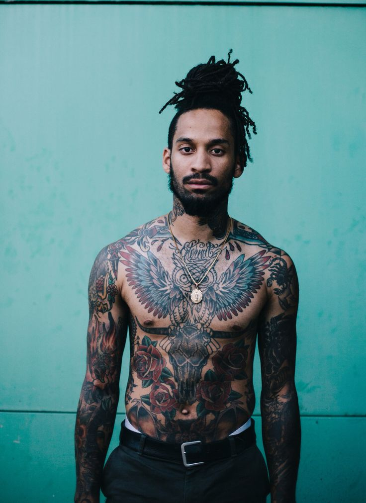 Make model stevisreyvis   Follow me on Instagram: robertl._simon     #model #beard #dreadlocks #manbun #tattoos #style #streetwear #hypebeast #topshop #topman #thechariot