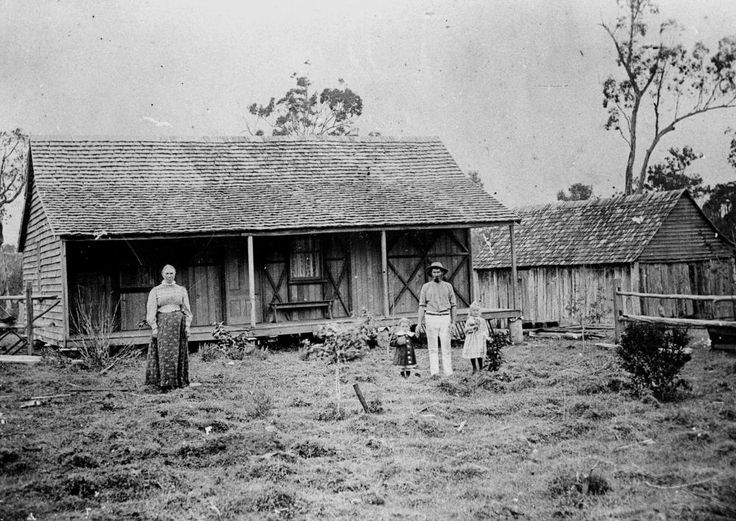 Old Farm Houses Statelibqld 1 51444 Family In Front