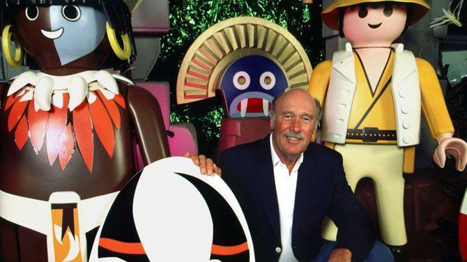 Bruggeman, F, Grote baas van Playmobil (81) overleden, in deredactie.be, (http://deredactie.be/cm/vrtnieuws/buitenland/1.2361936), (8 juni 2015).