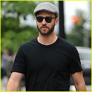 Justin Timberlake steps out in New York City sporting a scruffy beard on Monday (August 14).  Recently, podcasters Maddie Lazer and Hannah Rowston attended a recent taping of Boy Band, and approached the judges' desk and tried to ask Timbaland about a possible Justin and Britney Spears collaboration.