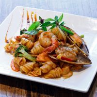 Balsamic Shrimp And Mussel Pasta