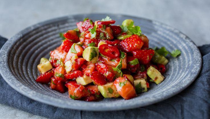 Jordbær, chili og avokadosalsa