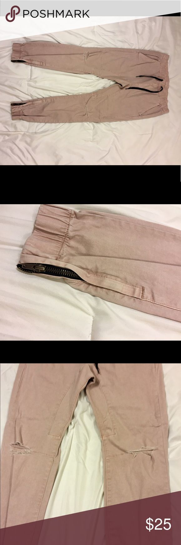 Men's Pacsun distressed joggers 〰size small, skinny fit excellent condition                                          〰factory distressing on knees.                           〰light pink color, perfect for monochrome spring outfits.                                                                    .                                  〰zipper details at the bottom of the legs           〰98% cotton, 2% spandex.                                 〰offers are welcomed…