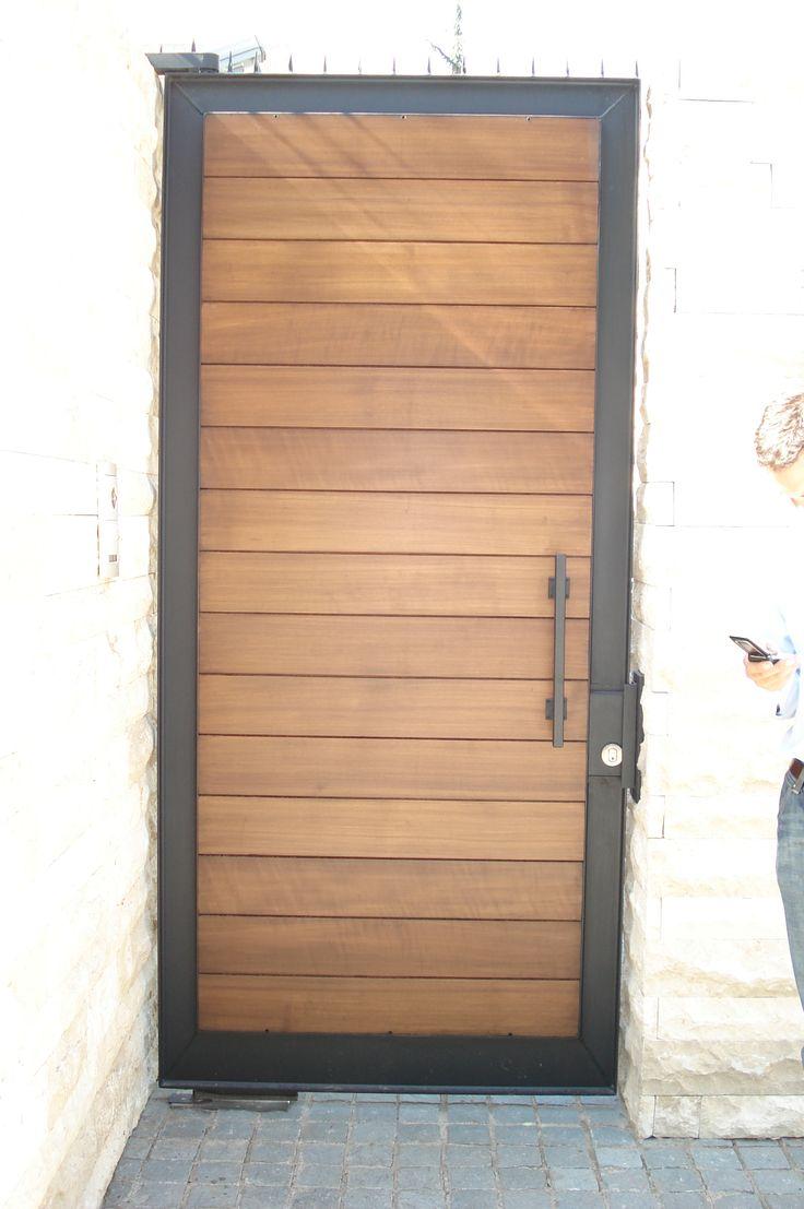 Puerta especial Fierro forjado y madera