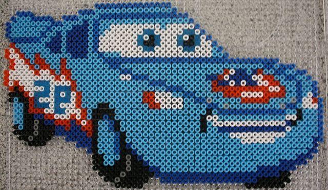 Lightning McQueen (Dinoco) - Hama perler beads