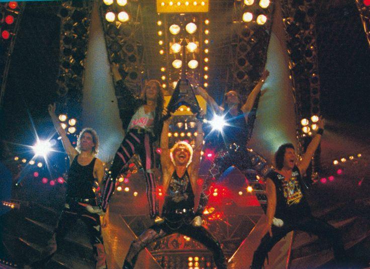 Judas, Maiden o Scorpions - Página 2 190e3fbdf0a1403130150636e04bee7b--scorpions-live-rock-bands