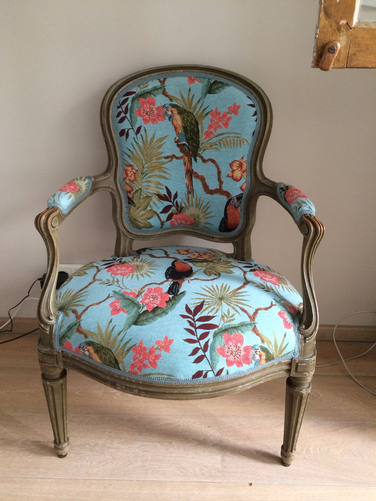 25 beste idee n over oude stoelen op pinterest oude for Stof om stoel te bekleden