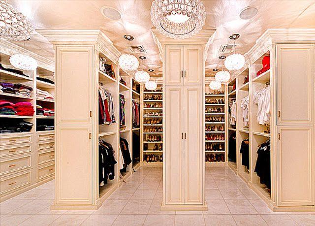 Begehbarer kleiderschrank frau schuhe  255 besten Closets Bilder auf Pinterest | Ankleidezimmer, Begehbarer ...
