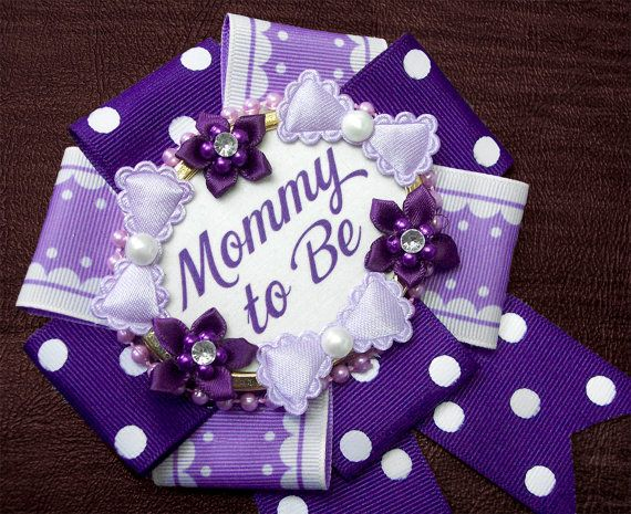 badgelorette - mommy to be badge - pretty in purple