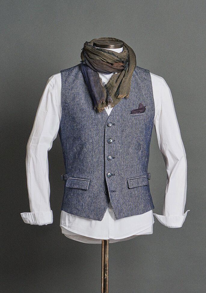 Dornschild Herrenwesten Herbst Winter 2018 Modell W1 1 Einreiher Herren Weste Aus Feinstem Italienischen Stoff Herrenmode Anzuge Herren Mode Herrenweste
