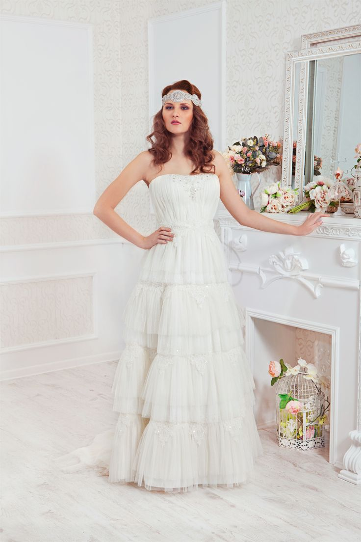 #EHO #Bridal #Dress #EHOsposa lovely emotiones and happiness