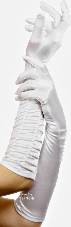 white.quenalbertini: Long Gloves | Téa Tosh