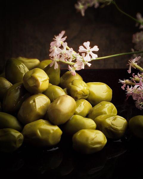 オリーブの燻製 / Smoked Olive