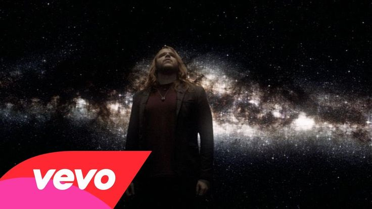 Caleb Johnson - Fighting Gravity VIDEO beautiful - In memory of a little boy now in heaven. Caleb met him at a visit to Hospital and made this Video in Memory.