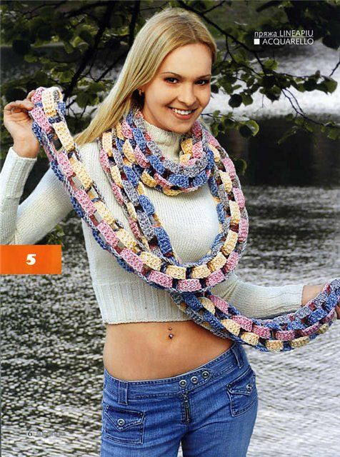 Links? Chains? Longest scarf ever? Make this cute scarf, free #crochet pattern.